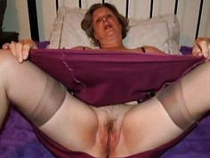 IloveGranny Old wrinkled grannies with her hairy p